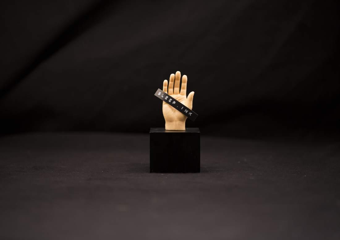 sleepink_hand-min